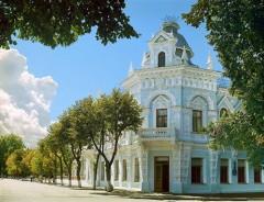 Экскурсия в художественный музей имени Ф.А. Коваленко!